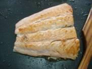 salmón a la plancha en lecho de limón al tomillo (5)